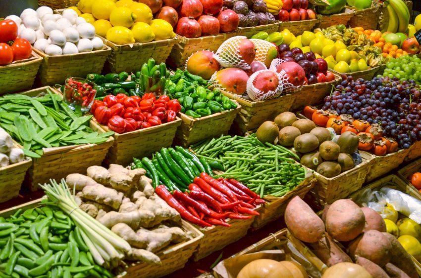 mercado de frutas y verduras